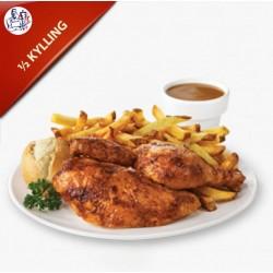 ½ Kylling vælg med eller uden salat og dressing, pommes frites og remoulade
