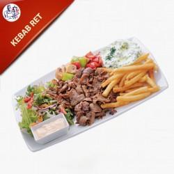 Kebab Ret med pommes frites, salat og dressing